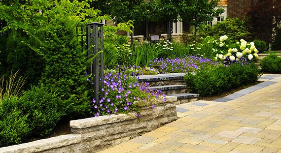shutterstock 47281387 - Garten und Landschaftsbau